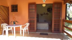 Pousada Canto do Lago, Гостевые дома  Пиракая - big - 73