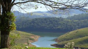 Pousada Canto do Lago, Penzióny  Piracaia - big - 1
