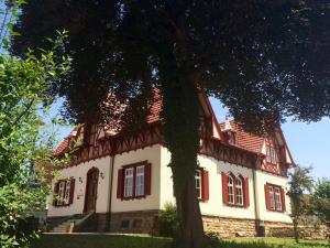 """Garni - Hotel """"Unsere Stadtvilla"""" - Bisingen"""
