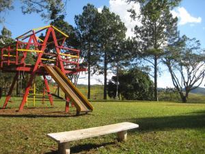 Pousada Canto do Lago, Гостевые дома  Пиракая - big - 74