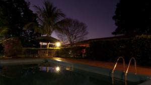 Pousada Canto do Lago, Гостевые дома  Пиракая - big - 68
