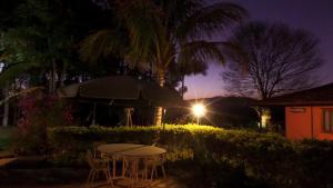 Pousada Canto do Lago, Гостевые дома  Пиракая - big - 69