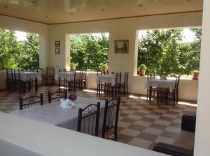 Pavilion Guest House, Guest houses  Nabran - big - 4