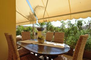 B&B La Casa del Marchese, Bed and breakfasts  Agrigento - big - 1