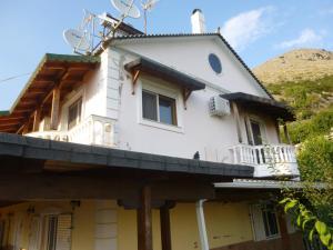 Vila Altini Borsh, Apartmanok  Borsh - big - 71