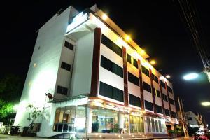 White Inn Nongkhai - Ban Hai