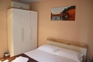 Hotel London Palace Tbilisi, Отели  Тбилиси - big - 19