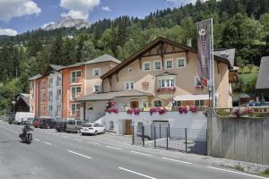 Posthotel Strengen am Arlberg - Hotel - Strengen