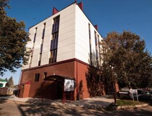 Praga Hotel - Novokubansk