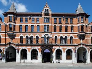 Hotel Isaacs Cork, Корк