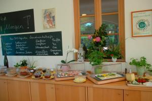 ad vineas Gästehaus Nikolaihof-Hotel Garni, Отели  Маутерн - big - 24