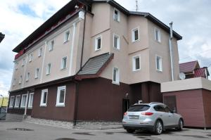 Friend`s House Hotel - Desna