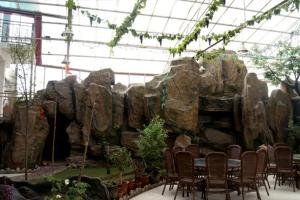 Qilianshan Ecological Garden, Holiday homes  Qilian - big - 11