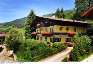 Landhaus Michael - Hotel - Hopfgarten im Brixental