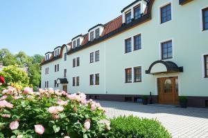 Pension Sprinzl - Hotel - Schwechat