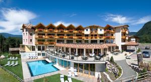 Hotel Chalet Tianes - AbcAlberghi.com