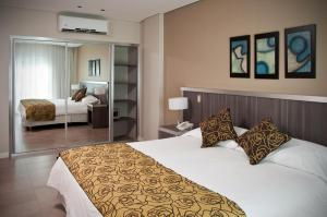Deluxe Double or Twin Room Uthgra Presidente Peron