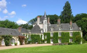 Location gîte, chambres d'hotes Château du Plessis - Anjou dans le département Maine et Loire 49