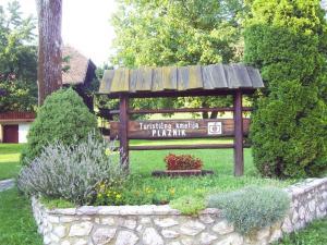 Guest House Turistična kmetija Plaznik