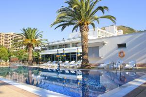 Отели Черногории с песчаным пляжем
