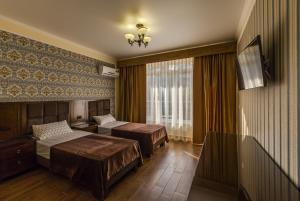 Отель Марсель, Новомихайловский