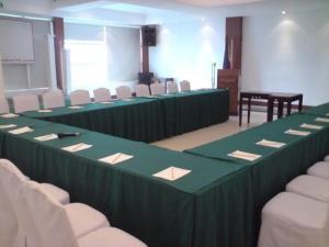 Cherry Blossoms Hotel, Отели  Манила - big - 18