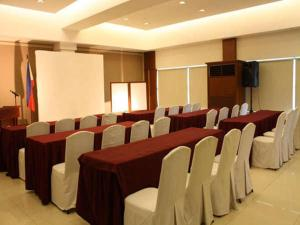 Cherry Blossoms Hotel, Отели  Манила - big - 13