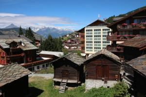 Family Hotel and Spa Desiree, Hotels  Grächen - big - 99