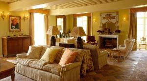 Location gîte, chambres d'hotes Chateau de La Lande dans le département Indre 36