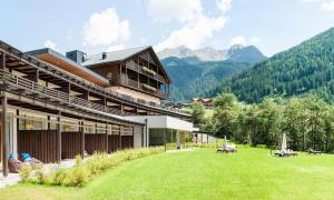 La Casies Mountain Living Hotel - AbcAlberghi.com