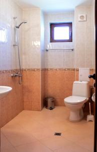 Guest House Moiata Kashta, Affittacamere  Chernomorets - big - 9