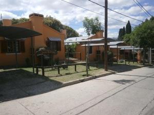 Los Zarzos