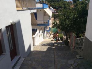 Kostas Rooms Alonissos Greece