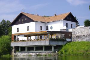. Hotel Jaškovská Krčma