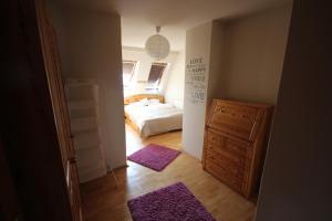 Lovely Duplex Flat, Apartmanok  Budapest - big - 75