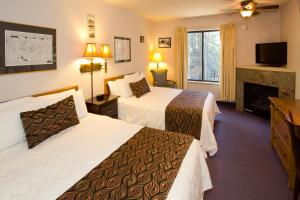 Holiday Haus - Accommodation - Mammoth Lakes