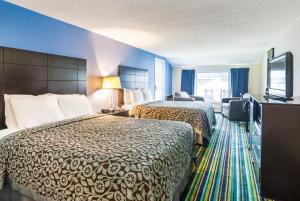Days Inn by Wyndham Lincoln - Hotel