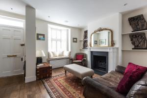 onefinestay - South Kensington private homes III, Апартаменты  Лондон - big - 74