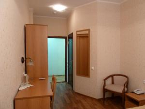 Almaz Hotel - Gustomesovo