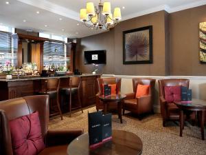 Macdonald New Blossoms Hotel (29 of 37)