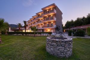 obrázek - Hotel Sarti Beach