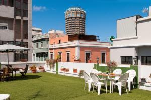 Hostal Kasa, Guest houses  Las Palmas de Gran Canaria - big - 43