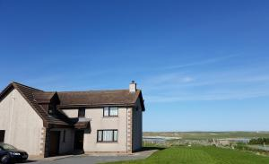 Hebridean Home - Arnol