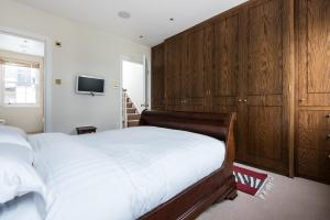 onefinestay - South Kensington private homes III, Апартаменты  Лондон - big - 52