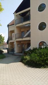 Hotel Pension Agnes - Burgau