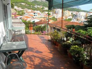 Apartments Dobrinic, 21300 Makarska