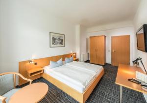 City Hotel - Landstreit
