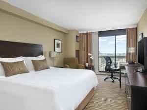 Chelsea Hotel, Toronto (12 of 31)