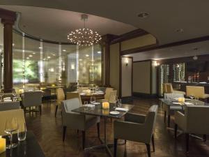 Chelsea Hotel, Toronto (10 of 31)