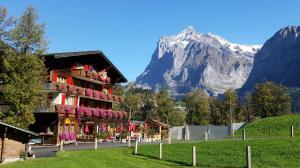 Chalet- Restaurant Bodenwald - Grindelwald